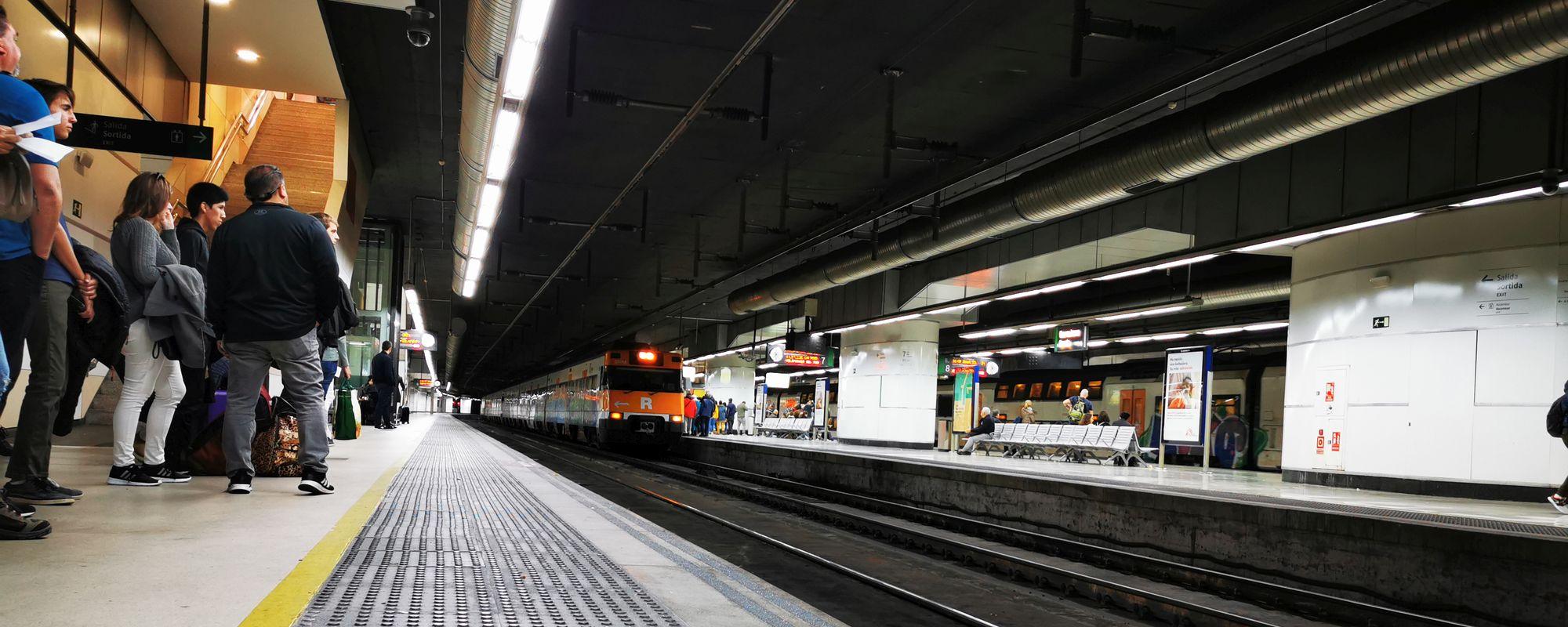 Transport public în Barcelona.